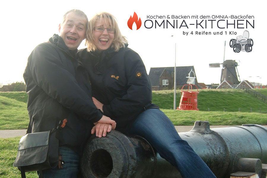 Die beiden hinter OMNIA-KITCHEN